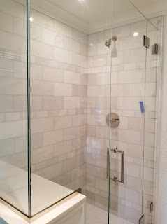 Today's Hottest Shower Door Trends