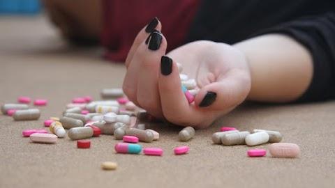 Döbbenetes előtte-utána fotók: elképesztő átalakuláson ment keresztül ez a heroinfüggő lány