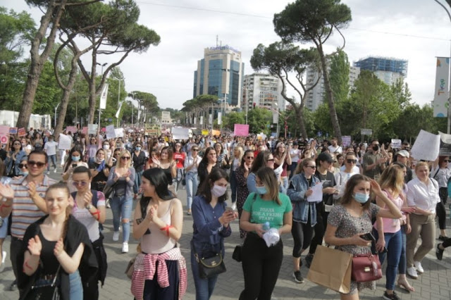 Thousands of citizens protesting against sexual violence in Tirana following the rape of a 15-year old girlProtes