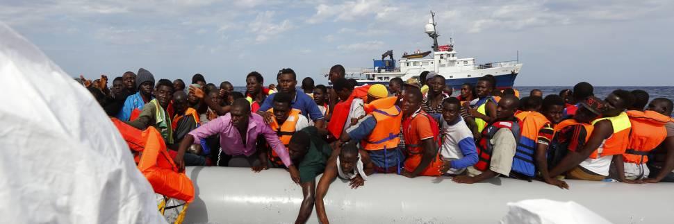 1592818058-1573390411-migranti-1.jpg
