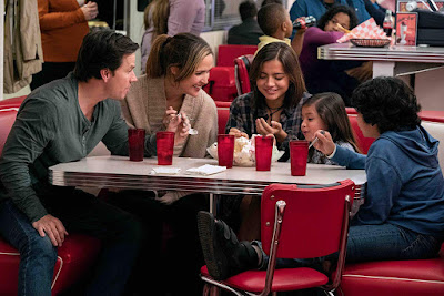 Instant Family 2018 movie still Rose Byrne Isabela Moner Gustavo Quiroz Julianna Gamiz