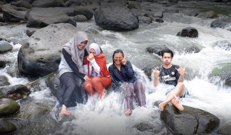 Pemandian Alam Sayum Sabah