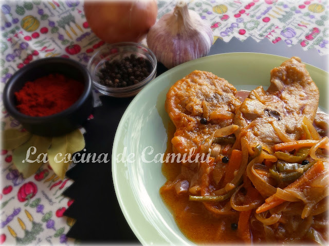 Chuletas de pavo con escabeche de naranja (La cocina de Camilni)