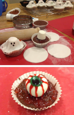 Ghoul red velvet cupcakes and jammy eyeball red velvet cupcakes for halloween