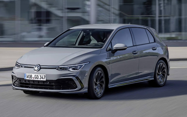 Novo VW Golf eTSI 2021
