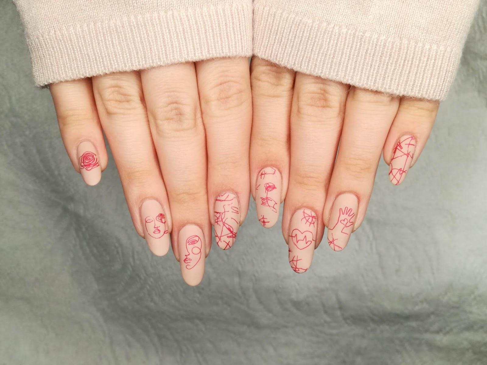 stonowane paznokcie
