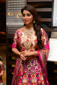 shriya saran new sizzling photos gallery-thumbnail-8