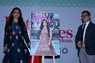 Bollywood Actress Juhi Chawla Launchs Better Homes 10th Anniversary Celetion Cover  0033.JPG