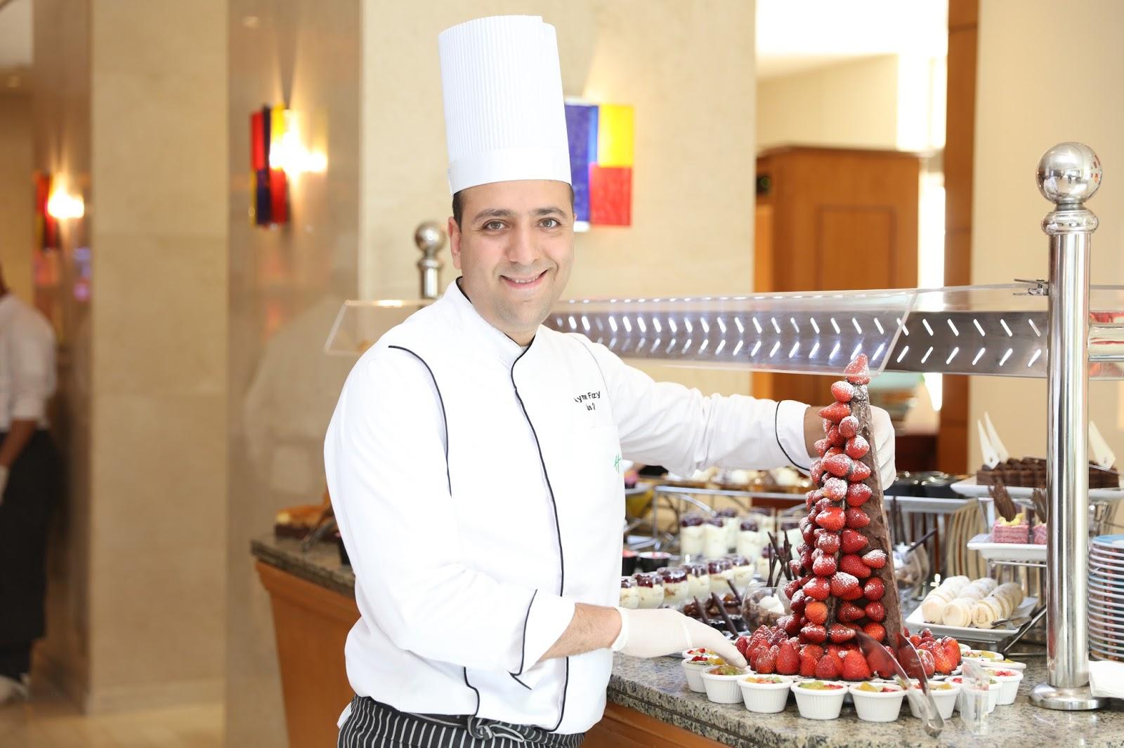 e6b3b87e7 اصداء مجتمع : هوليداي إن سيتي ستارز القاهرة يحتفل يوم الجمعة بمفهوم جديد  لحلقات الطهو أمام عينيك