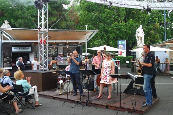vienne dimanche kazz rathausplatz film festival