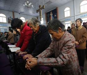 Católicos se reúnem desafiando pior perseguição desde a Revolução Cultural