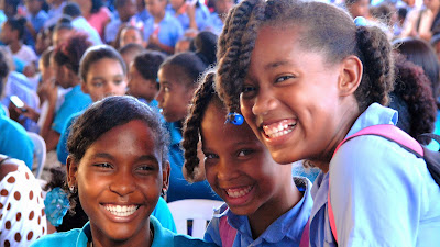 Resultado de imagen para estudiantes dominicanos