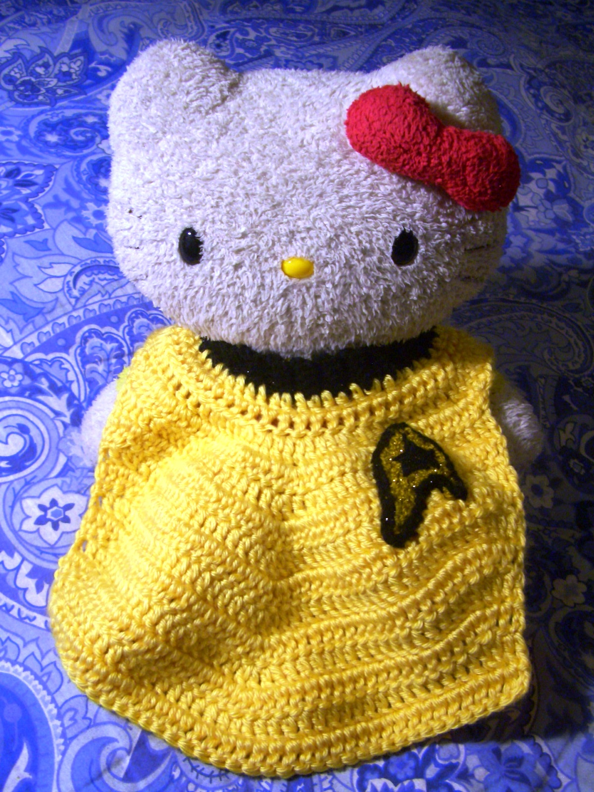 Red Shirt Moon Bun - Amigurumi Star Trek Bunny Rabbit, via Etsy ... | 1600x1200
