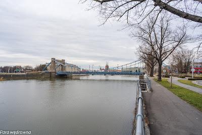 Most Grunwaldzki i katedra wrocławska z perspektywy wybrzeża Wyspiańskiego