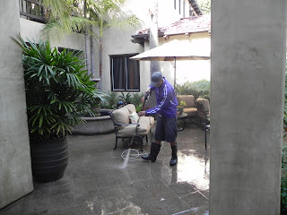 orange county pressure washing services by a 5 star review company! Stanley Window Care has more than 15 years experience in pressure washing for commercial and residential.
