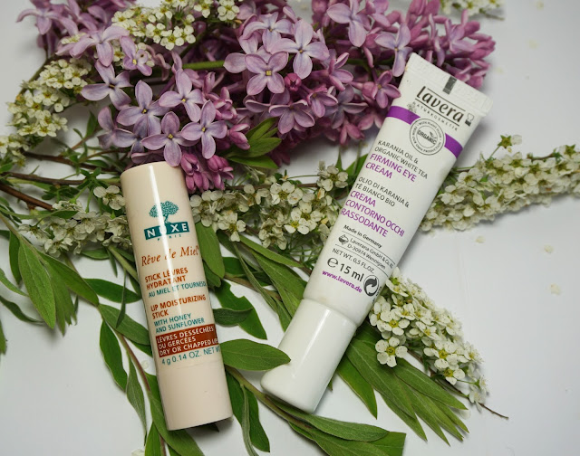 Morgendliche Beauty Routine Gesichtspflege - Augenpflege Lippen Nuxe, Lavera