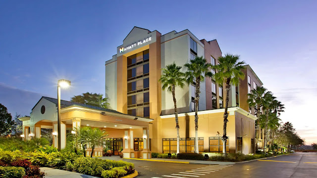 Hyatt Place Orlando / Convention Center puts you near Orlando's top entertainment and business destinations. During your visit, enjoy easy access to the Orange County Convention Center, Universal Studios™ Florida, and Walt Disney World® Resort.