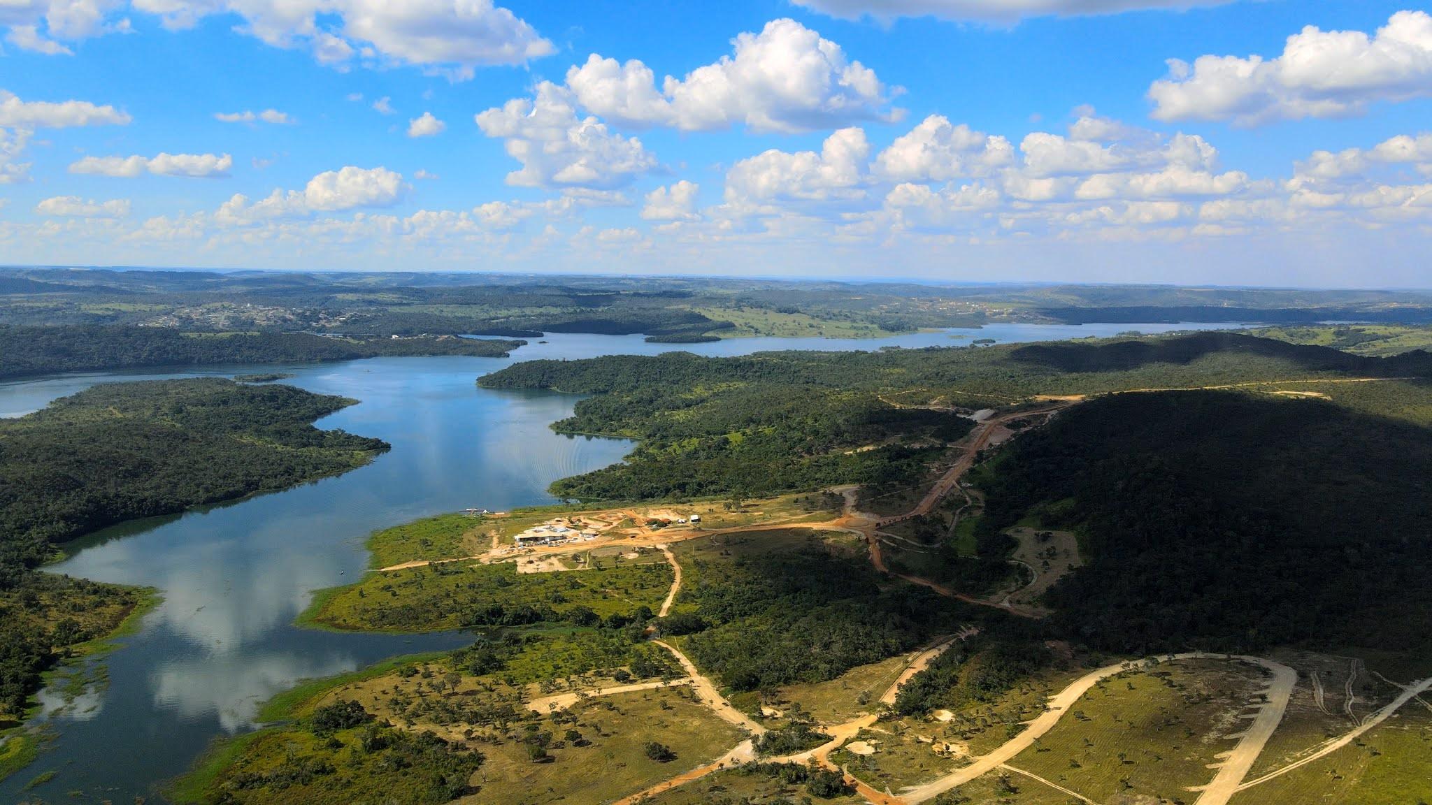 Vista aérea do lago Corumbá IV (Foto: Divulgação)