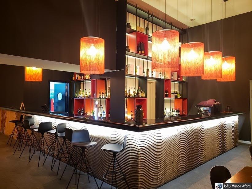 Bar no Carris Porto Ribeira: onde ficar no Porto