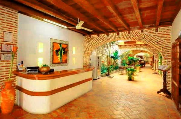 8. Hotel Villa Colonial