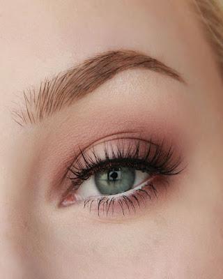 Soft pink spring makeup