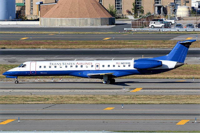 Embraer 145 Trans States Airlines Taxiing Runway