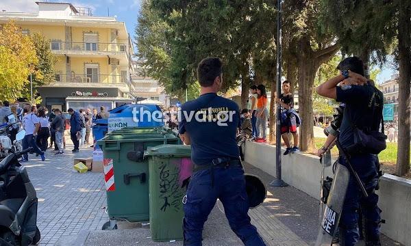 Θεσσαλονίκη: Συγκλονίζουν οι μαρτυρίες για την επίθεση ακροδεξιών σε μέλη της ΚΝΕ - «Είχαν αλυσίδες»