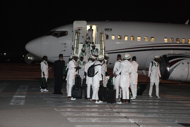 Super Eagles players arriving in Russia in style