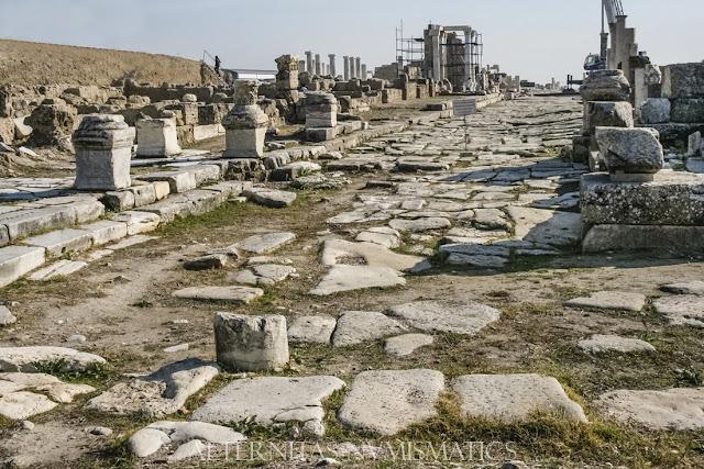 Vista de los últimos metros de la calle de Siria.