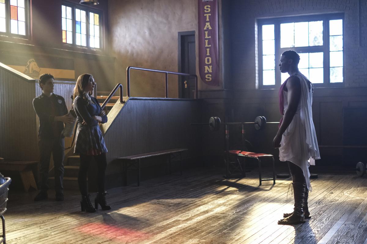"Legacies Season 2 Episode 11 Spoilers & Press Release "" What Cupid Problem?"" 1/3"