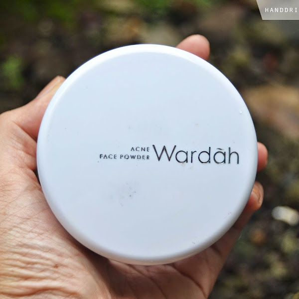 Review Bedak Tabur Wardah Face Powder Acne Series