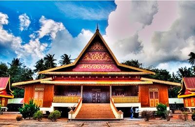 Desain Rumah Adat Riau