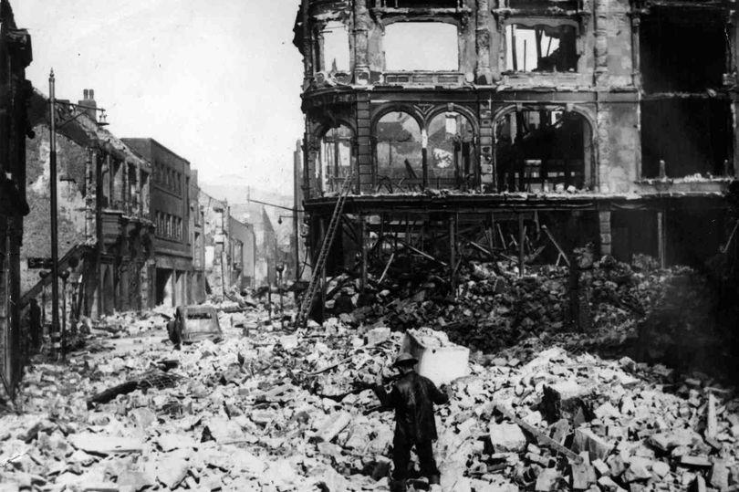 21 February 1941 worldwartwo.filminspector.com Swansea Blitz damage