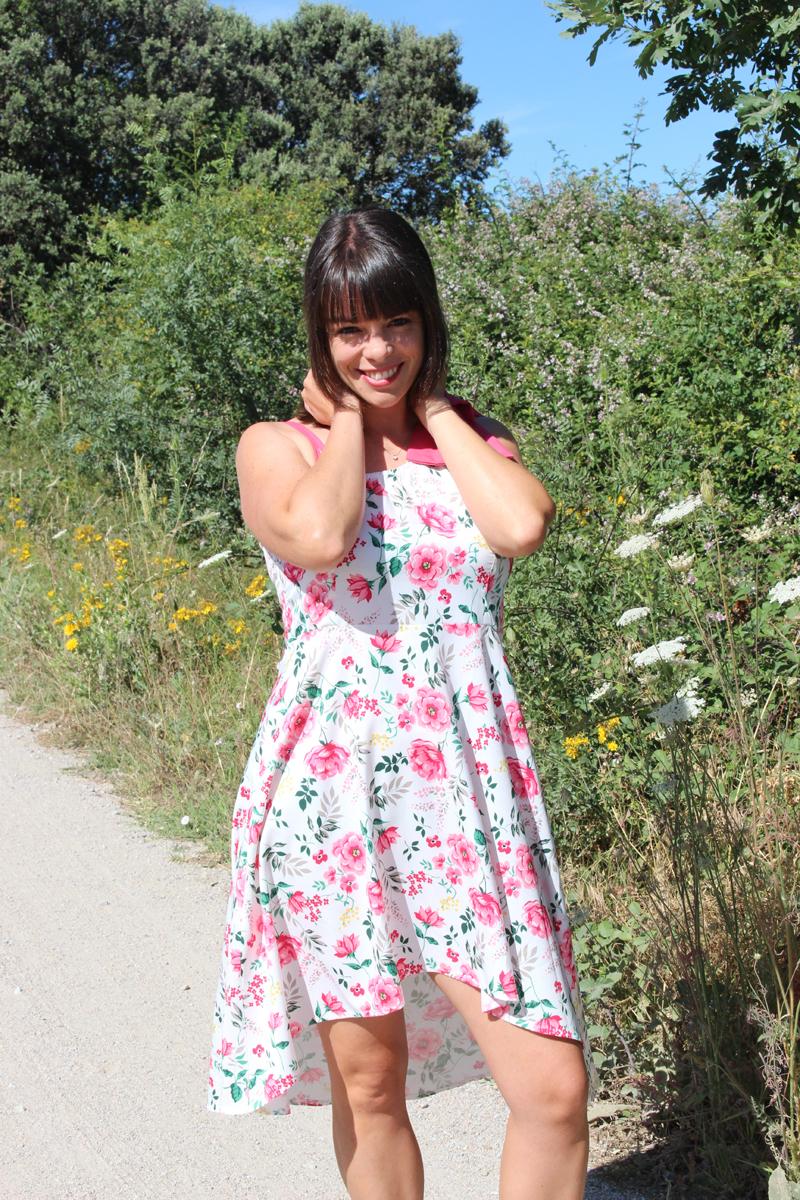 Vestido asimétrico de flores