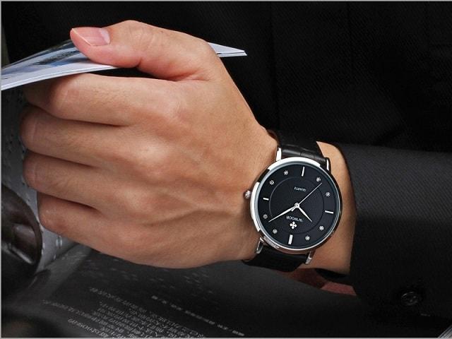 كيف تختار ساعة اليد الرجالية معلومات ونصائح