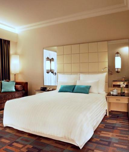 DIY Home Staging Tips: Stage A Home By Example. Copy The