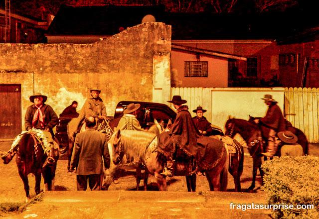 Recriação teatral do Cerco da Lapa, Paraná