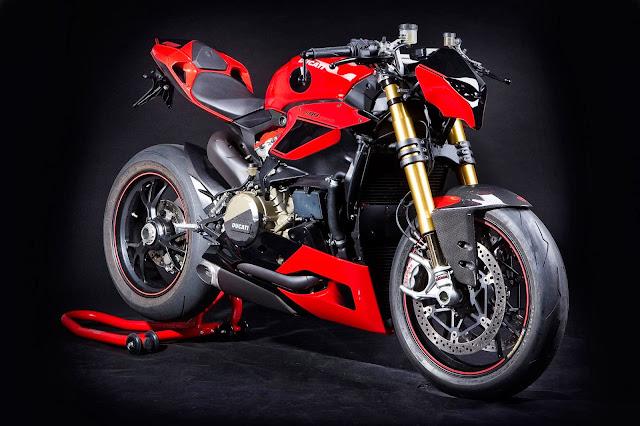 Ducati Panigale 1199 Streetfighter Hertrampf - Nakedbike Itali, Gaya German Yang Awesome!!!