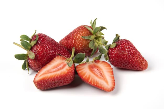 Benefits of strawberries.. Food for blood and brain