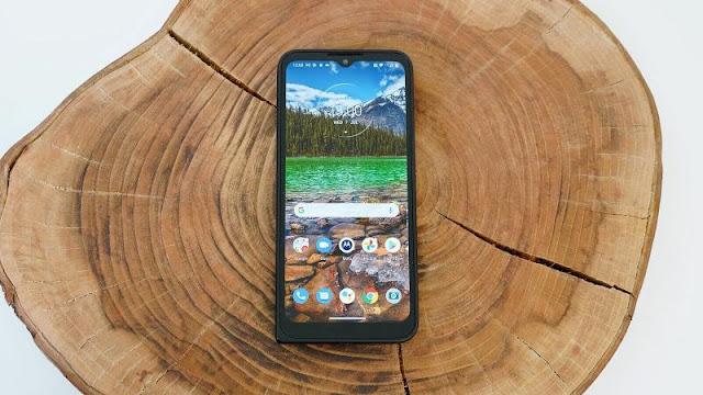 Motorola Defy (2021) Review