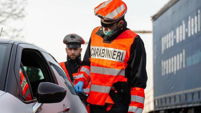Coronavirus: a Milano 9 denunce e 200 sanzioni