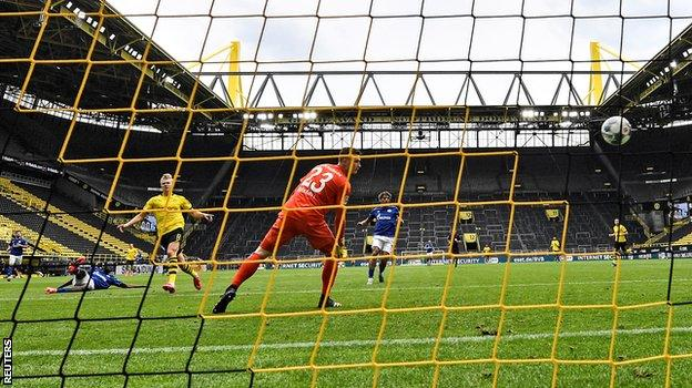 Haaland on target as Bundesliga returns