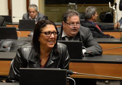 Deputada Angêla Souza frente a frente com o seu temido futuro de incertezas