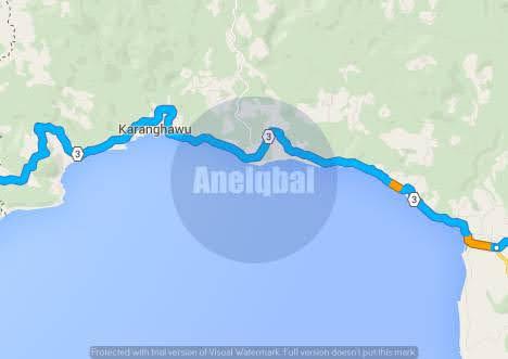 rute pantai sawarna naik motor