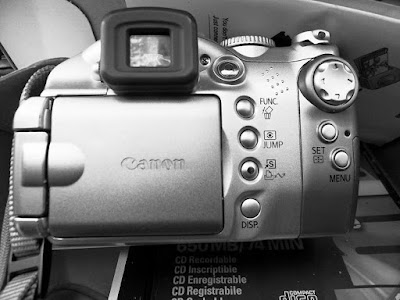 Canon-IS-5mp-Back-Silver