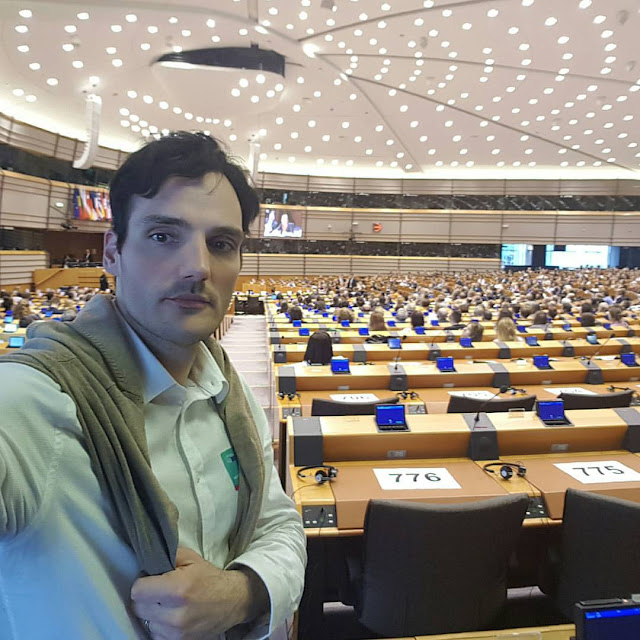 Artist Ben Heine at European Parliament for Stand Up For Europe