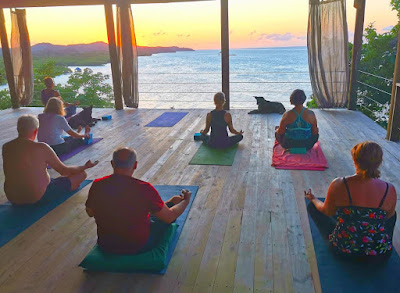 paya yoga, yoga, ananda pavilion, wellness, #payabay, #payabayresort, paya bay resort, yoga in roatan, bliss, beauty,