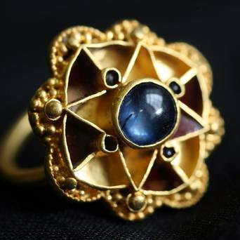 Ring found in UK field 'may be royal'
