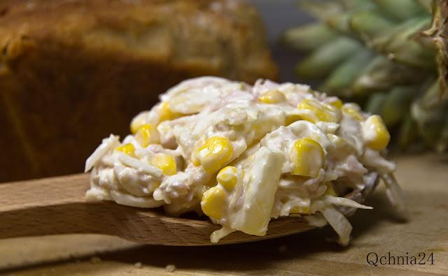 szybka sałatka z kukurydzą i ananasem