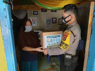 Sembako Polres Pelabuhan Makassar Sasar Warga Pattingalloang Terdampak Pandemi
